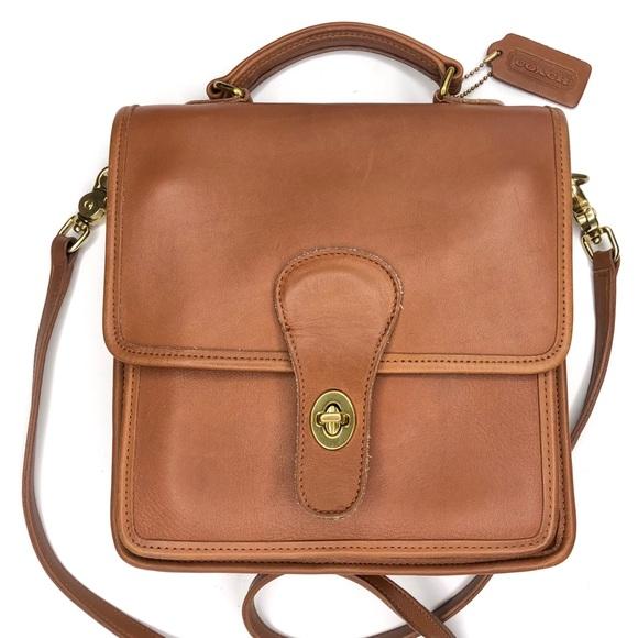e6db93202a6c6 Vintage Coach Station Top Handle Crossbody Bag